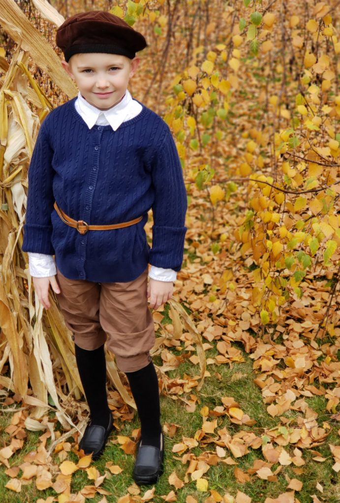 DIY Pilgrim Pants from Dyed Capri Pants - Yes You Can Costumes